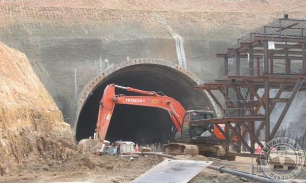 Terowongan Tol Cisumdawu Sepanjang 472 Meter Mulai Ditembus