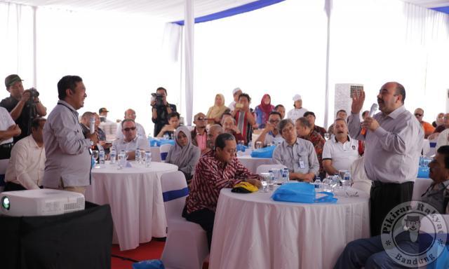 Pengusaha Timur Tengah di BIJB/DOK BIJB/PARA pengusaha dari Timur Tengah dan Afrika berkunjung ke Bandara Internasional Jawa Barat (BIJB) di Kertajati Majalengka, 10 Oktober 2017. Mereka mencari peluang untuk berinvestasi di sana.